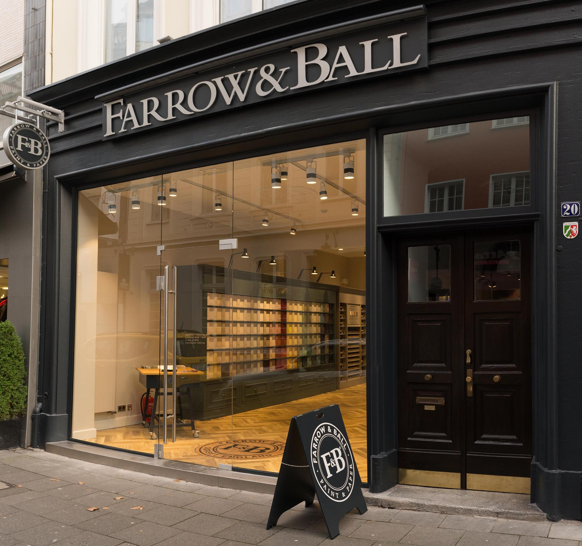 new store farrow ball germany resolution interiors. Black Bedroom Furniture Sets. Home Design Ideas