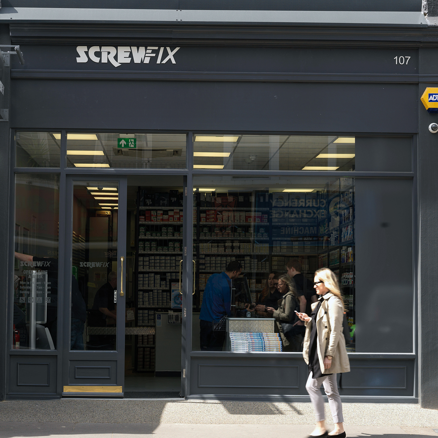 Screwfix Fulham City Store Retail Exterior